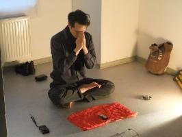 Watan Wuma, Performance